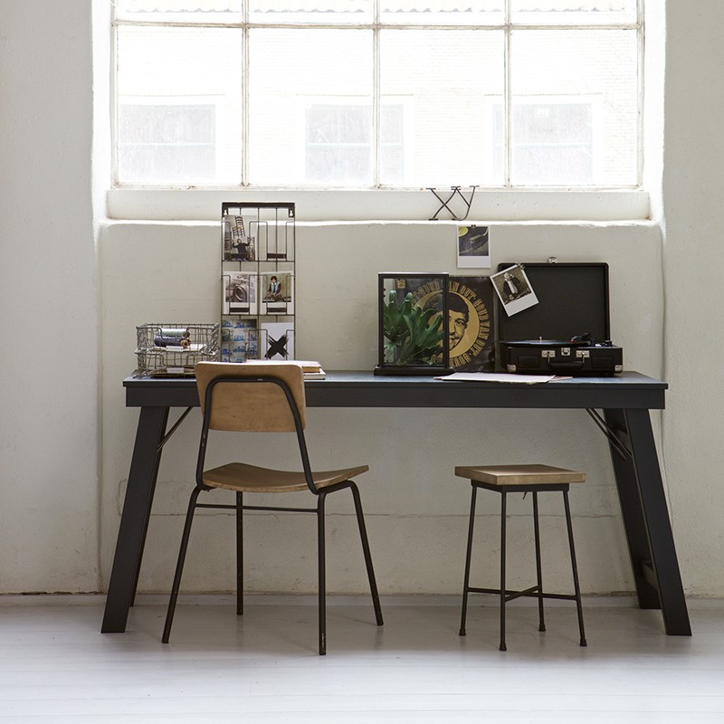 zwart bureau